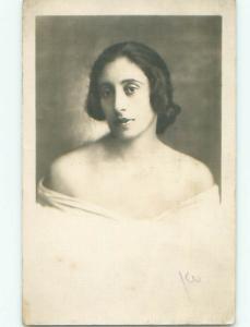 Old rppc WOMAN - WOMEN - FEMALE Great Postcard AB1636