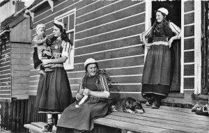 Lot 57 marken netherlands types folklore costume real photo women child dog