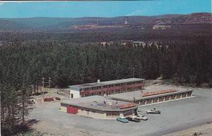 The Northern Gateway Motor Hotel,  Wawa,  Ontario,  Canada,  PU_1964