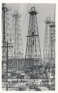 RP: KILGORE , Texas , 1930-40s ; Oil Well Drilling , Business District