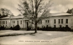 VT - Middlebury. Middlebury College, Library