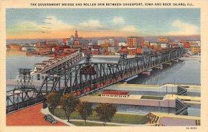Government Bridge Roller Dam Davenport Iowa Rock Island Illinois 1949 postcard