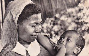 RP: Mission de Papouasie, Petite Soeur Papoue et l'Orphelin, 30-40s