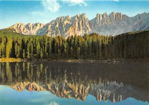 B68389 Italia Dolomiti Il Lago di Carezza   italy