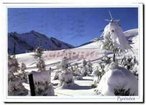 Modern Postcard The Pyrenees Feerie of Winter