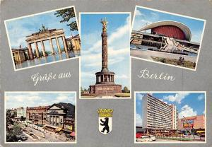 Gruesse aus Berlin, Brandenburger Tor Statue Hall Auto Cars Voitures