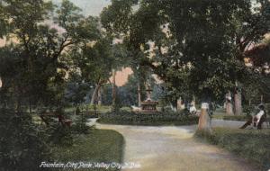 VALLEY CITY , North Dakota , 1912 ; Fountain, City Park