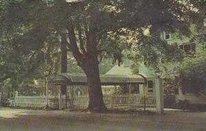 New York Pound Ridge Emily Shaws Inn 1965