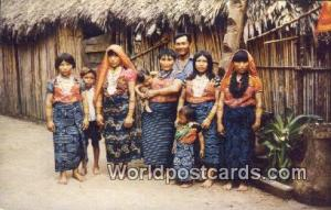 Panama San Blas Typical Indian Family