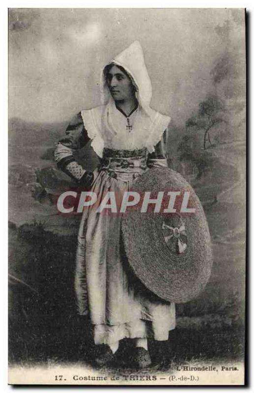 CPA Folklore Costume de Thiers