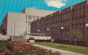 Winnipeg , Manitoba , Canada ,50-60s ; University of Manitoba