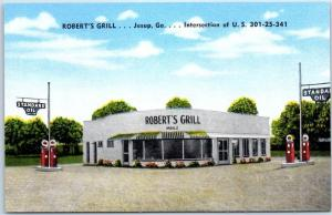 Jesup, Georgia Postcard ROBERT'S GRILL w/ Standard Oil Gas Pumps Linen 1940s