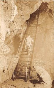 BG32714 stairway to paradise oregon caves  patterson usa