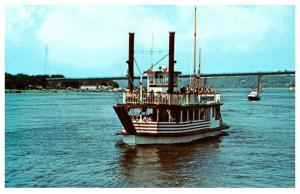 Connecticut  Old Saybrook  River Queen , Paddlewheeler , Steamboat line