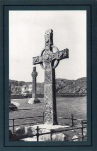 Nostalgia Postcard The Island of Iona 1955, Carved Crosses Repro Card NS57