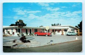 Postcard FL St Petersburg Sky Way Motel 1950's Old Cars E19