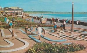 Bridlington Crazy Golf Course Edwin Harper Yorkshire Rare 1970s Postcard