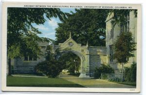 Agricultural Buildings Arch University Missouri Columbia MO 1920s postcard