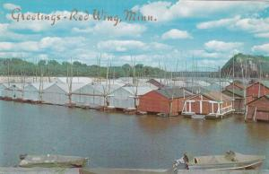 RED WING , Minnesota , 50-60s ; Floating Boat Booms , Mississippi River