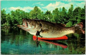 Vintage 1970 EXAGGERATION Comic Postcard Giant Fish on Canoe Big One Got Away