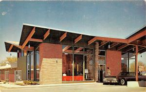 Omaha Nebraska~Town House South Motel on 49th & L Streets~Lady by Car @ Entrance