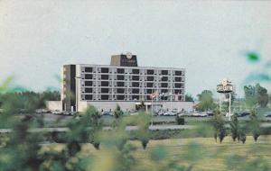 Sheraton Le St-Laurent,  Montreal, Quebec, Canada,   PU-1965