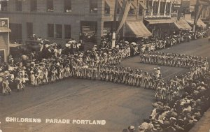 LPS82 Portland Oregon Rose Festival Children's Parade Girls Red White Blue RPPC