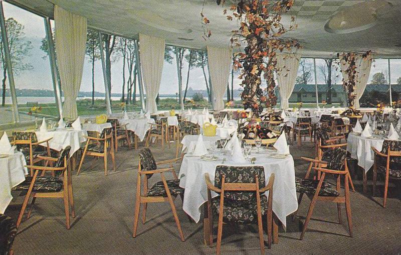 Dining Room,  Hotel Des Laurentides,  Beauport,  Quebec,  Canada,  40-60s