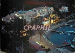 Modern Postcard Port Cros Island (France) Nightlife Village