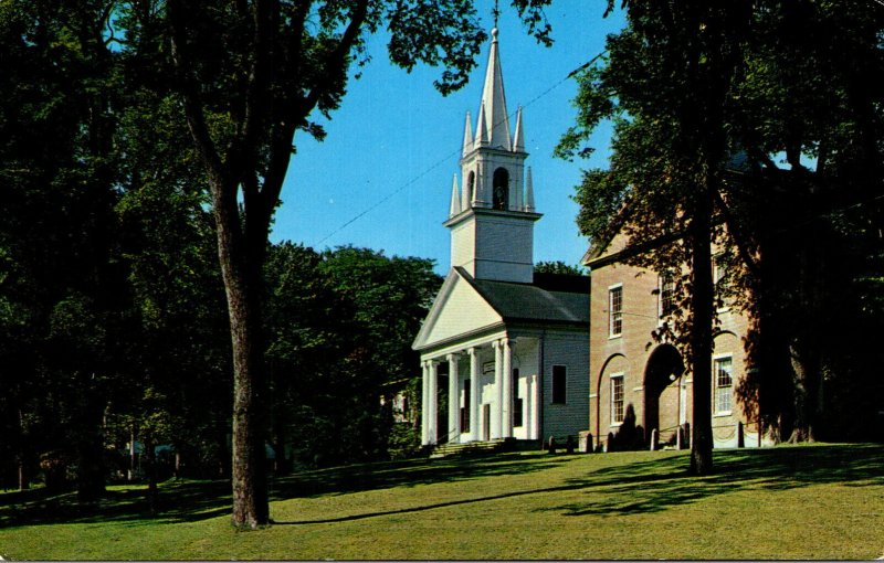 Maine Wiscasset Congregational Church and Lincoln County Court House