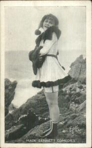 Sexy Woman Pinup Bathing Beauty - Mack Sennett Comedy Exhibit Card #8