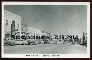 2914 - NEEPAWA Manitoba 1958 Mountain Avenue. Drugstore. Old Cars. Real Photo PC