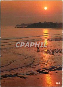 Postcard Modern Brittany Picturesque Crepuscule on the Riviera