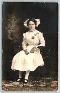 Lowden Iowa~Sophia K Hartmann Portrait~Young Lady in White~Glasses~Bow~1911 RPPC