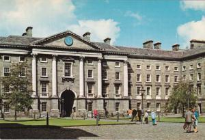 Trinity College Dublin Ireland grants degrees to non-Christians and Women