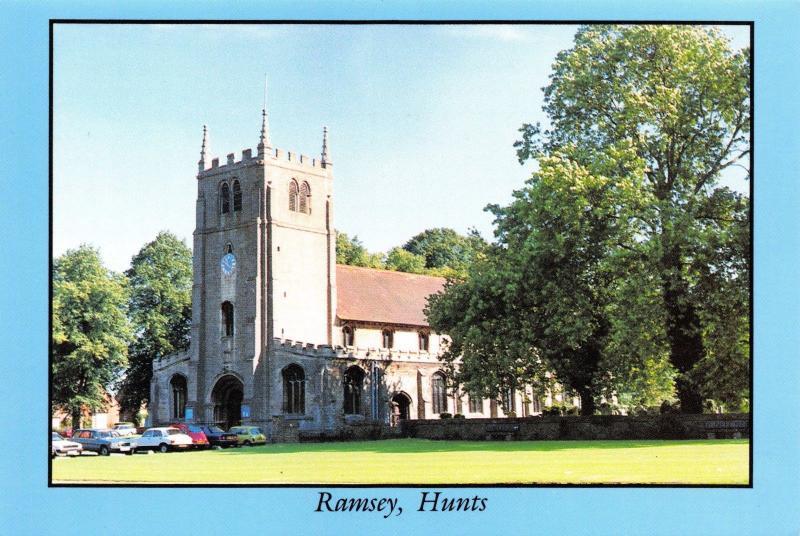Postcard RAMSEY Church, Huntingdon, Cambridgeshire A98