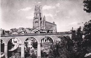 France Albi La Basilique Sainte-Cecile Pont sur le Tarn Real Photo