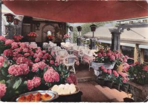 RP: BOUGIVAL , France , 30-50s ; Hostellerie Du Coq Hardy