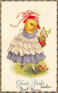 LP47  Easter Postcard Dressed Chick Bonnet Glad Pask Fantasy