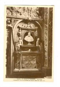 RP; Malta - Valletta , 20-40s : St John´s Cathedral ; Monument of G.M. Anton...