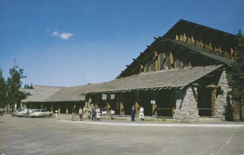 Old Faithful Lodge Yellowstone Park Hotel Resort WY Wyoming Postcard D17
