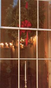 DC - Washington, Candle in the White House Window on Christmas Eve