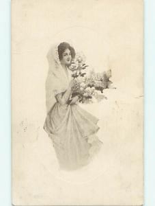 Divided-Back art nouveau GIRL WITH SHAWL & FLOWER BOUQUET r2562