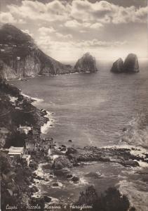 RP: CAPRI , Italy 40-50s ; Marina e Faraglioni