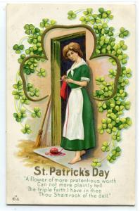 St Patrick's Day Irish Woman Knitting Shamrock Ireland 1912c postcard
