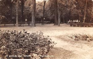 Vinton Iowa~Riverside Park~Picnic Table Ladies~Cloche Hats~Tree Signs~1930 RPPC