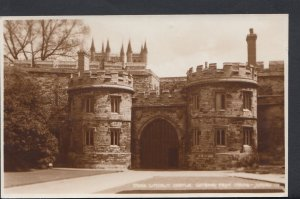 Lincolnshire Postcard - Lincoln Castle, Gateway From Inside   DC1163