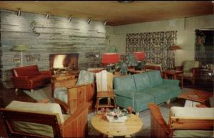 Halibuton Ontario Deer Lodge Classic 50s Furniture D'cor Postcard