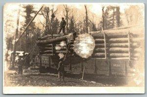Real Photo Postcard~Lumberjacks Load Logs on Reading RR Train Car~c1918 RPPC