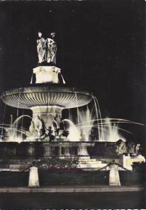 France Aix-En-Provence Grande Fontaine sur la Rotonde la nuit